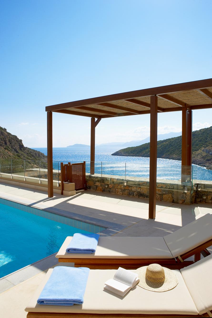 Daios Cove villa with pool